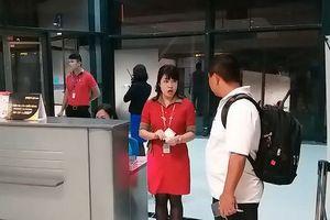Nhân viên Vietjet xé vé trước mặt khách sẽ bị xử lý ra sao?