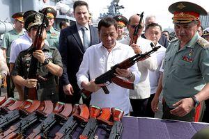 Tổng thống Duterte tuyên bố sẽ mua vũ khí Nga