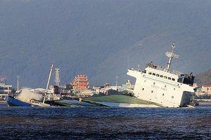 9 tàu chìm và nỗi lo tràn 200.000 lít dầu trên biển Quy Nhơn