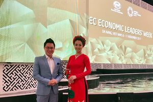 Hoa hậu Jennifer Phạm vinh dự đảm nhận vai trò MC trong đêm tiệc ở APEC