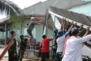 Chung tay giúp đỡ đồng bào vùng bão lũ
