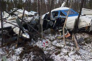 Bé gái 2 tuổi sống sót trong vụ rơi máy bay Nga
