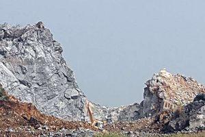 Phê bình Chủ tịch xã để doanh nghiệp khai thác đá trái phép