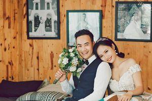Bộ ảnh cưới đẹp lung linh của cặp đôi 'gặp sét' ngay lần gặp đầu