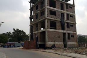 Hà Nội: Phát hiện thi thể người đàn ông trong bể nước ngôi nhà đang xây