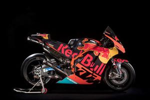 KTM phô diễn ngựa chiến RC16 cho MotoGP 2018