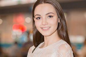 Vẻ đẹp thiên thần của Hoa hậu Đại sứ Du lịch Thế giới đến VN