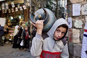Đất nước Syria loạn lạc dưới ống kính phóng viên quốc tế