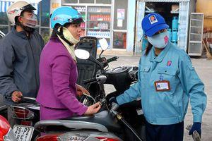 Doanh nghiệp và người dân được hưởng lợi từ việc xăng dầu giảm