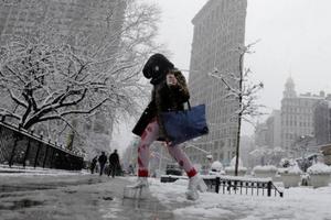 Mỹ: Cuộc sống người dân hỗn loạn do bão tuyết liên tiếp đổ bộ