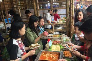 Chen chân thưởng thức đồ ăn Nhật tại không gian ẩm thực Việt - Nhật