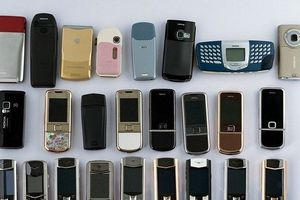 Cận cảnh bộ sưu tập bộ điện thoại Vertu chục tỷ hiếm có