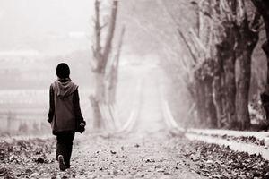 Một mình