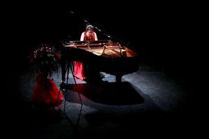 Nghệ sĩ trẻ độc tấu piano quyên tiền ủng hộ bệnh nhân Viện Nhi TW
