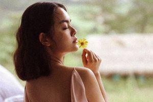 'Gái hai con' Phạm Quỳnh Anh gợi cảm hút mắt, nhìn phát mê
