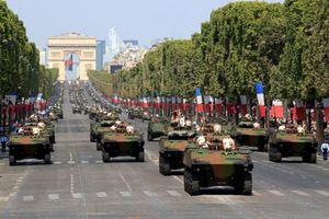 Hoành tráng lễ duyệt binh mừng Ngày Quốc khánh Pháp