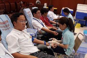 274 người tình nguyện hiến 356 đơn vị máu