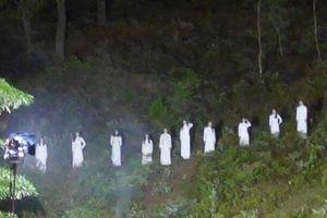 Hình ảnh 10 cô gái mặc áo trắng gây tranh cãi: Tỉnh Hà Tĩnh nói gì?