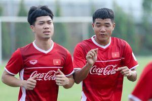 Hà Đức Chinh nhận xét về 'đối thủ' Tiến Linh, thích giành phần thắng trước Công Phượng