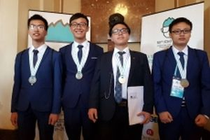 Học sinh Việt Nam đạt bốn huy chương tại Olympic Hóa học quốc tế 2018