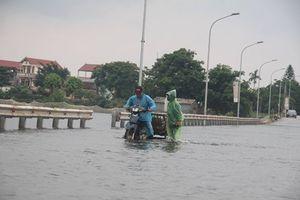 Thủy điện Hòa Bình xả lũ, ngoại thành Hà Nội ngập thành sông