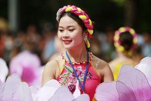 Tưng bừng Lễ hội đường phố Carnaval 'Tinh hoa Hà Nội - Hội tụ và tỏa sáng'