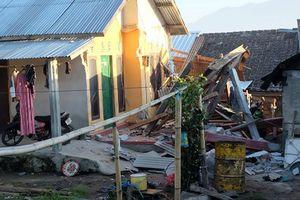 Động đất ở Indonesia, ít nhất 12 người tử vong