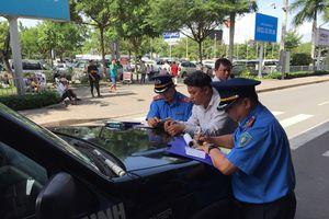 Tái diễn nạn taxi 'dù' chặt chém du khách