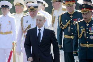 TT Putin: Hải quân Nga sẽ có nhiều tàu chiến mang tên lửa Kalibr