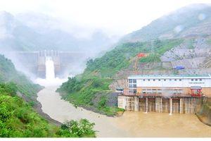 Xả nước hồ thủy điện lớn nhất Bắc Trung bộ