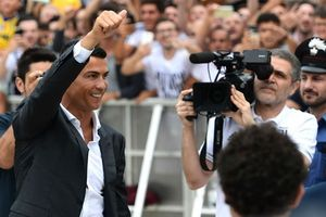 C.Ronaldo khiến giá vé giải Serie A tăng… 700%!