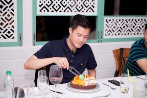 Ca sĩ Quang Dũng được tổ chức sinh nhật sang chảnh ở Brunei