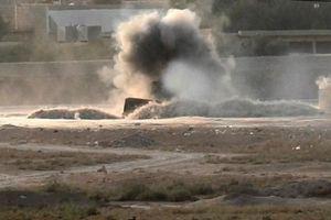 Quân đội Syria khai hỏa dữ dội vào đoàn xe khủng bố, diệt tất cả các tay súng