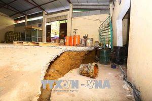 Tuyến đường 445 tỉnh Hòa Bình tiếp tục bị sụt lún nghiêm trọng