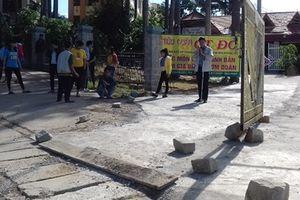 Hội Người mù Lâm Đồng tố bị đặt 'bẫy đá' trước cổng trụ sở