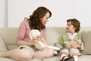 50 câu hỏi thú vị để trò chuyện với con