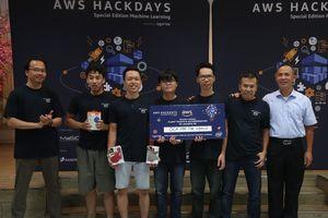 Đội OCR For the World giành ngôi vô địch với giải pháp Tổng hợp Thông tin Tài chính