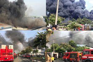 TP HCM: Đang khống chế đám cháy ở khu công nghiệp Nhị Xuân