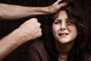 Người chồng nhiều lần giả bệnh hiểm nghèo để không bị vợ bỏ