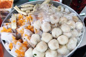 Chui hẻm Sài Gòn, ăn bánh ở quán nhỏ chỉ bán chưa đến 2 tiếng/ngày
