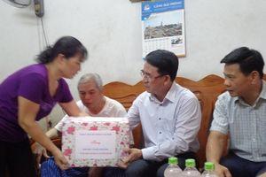 Hải Phòng: Thăm và tặng quà các nạn nhân chất độc da cam, dioxin tại quận Ngô Quyền