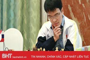 Quang Liêm xuất sắc hạ cao thủ Mỹ, lên top 4 giải Siêu đại kiện tướng
