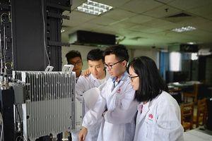 10 sinh viên công nghệ xuất sắc đã được Huawei đào tạo 'Hạt giống Viễn thông Tương lai'