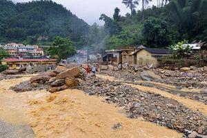 Mưa lớn tiếp diễn, lũ quét, sạt lở đất đe dọa 9 tỉnh phía Bắc