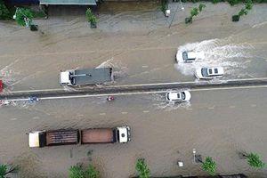 Quảng Ninh: Dốc Đèo Bụt tiếp tục ngập, giao thông tê liệt