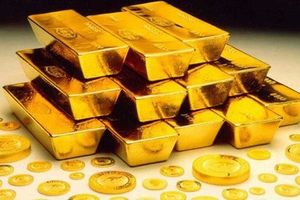 Giá vàng hôm nay 4.8: Dòng tiền đổ vào thị trường, vàng bất ngờ tăng trở lại