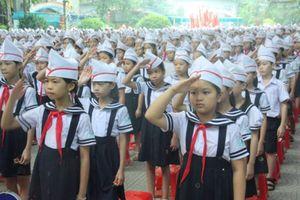 Ưu tiên đủ lớp học, SGK cho học sinh năm học mới
