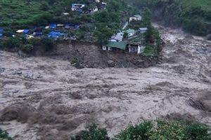 11 người chết, mất tích do mưa lũ, sạt lở