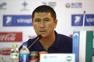 Ra quân thất vọng, HLV U23 Uzbekistan dọa nạt U23 Việt Nam