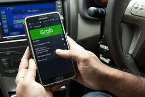 Bỏ nội dung yêu cầu xe Grab phải gắn mào 'Taxi điện tử'